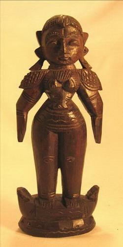 figurine poupee bois femme antiquité inde