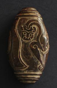 sculpture jade brun antiquite bijou perle dragon ovoide chine