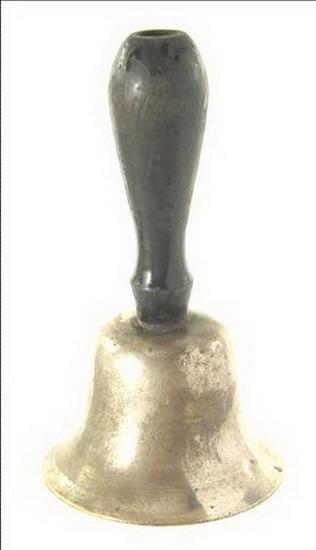 jeu antiquite grelot sifflet metal argente inde