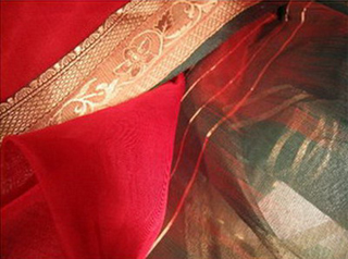 sari ikat soie broche tisse main rouge vert or inde