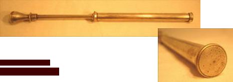 jeu antiquite pompe a couleurs holi argent inde
