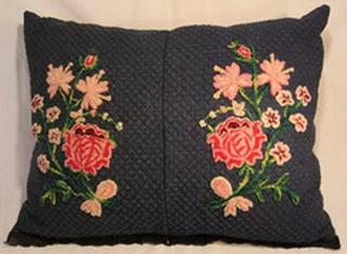 coussin tablier ancien laine rebrode bouquets bulgarie