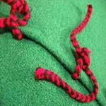 coussin tablier ancien laine tisse main rebrode fleurs liens de fermeture bulgarie