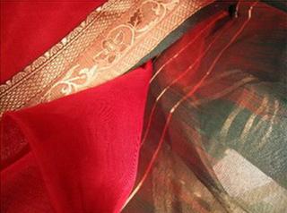 sari coton ikat soie broche tisse main rouge vert or inde