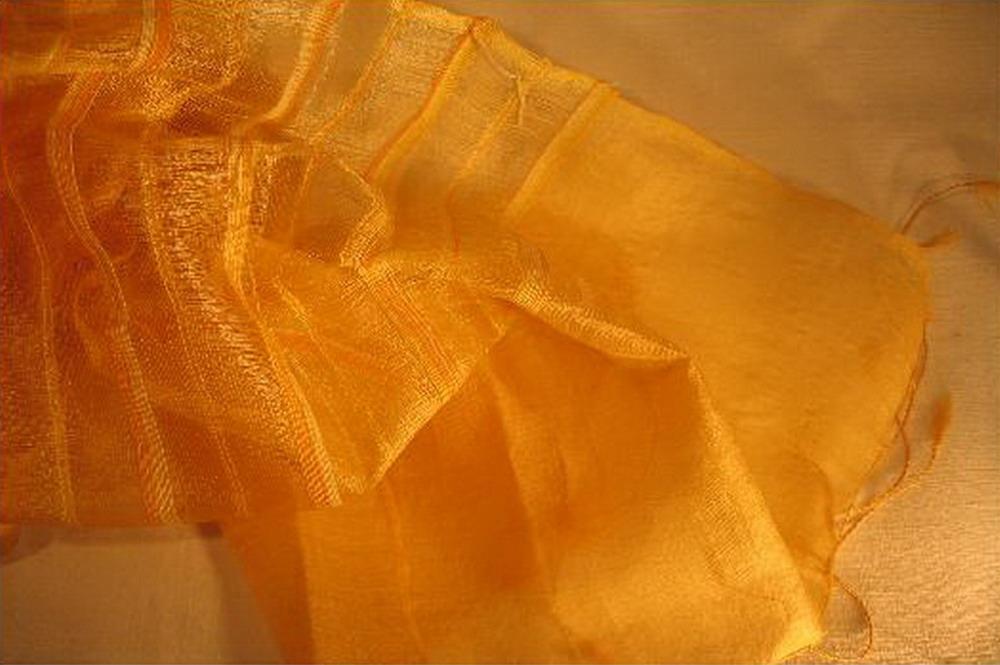 chale soie tisse main rayures matiere jaune inde