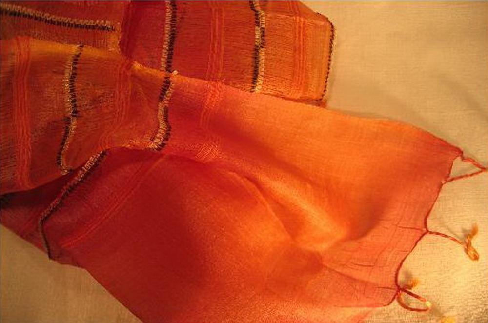 chale soie tisse main orange fines rayures inde