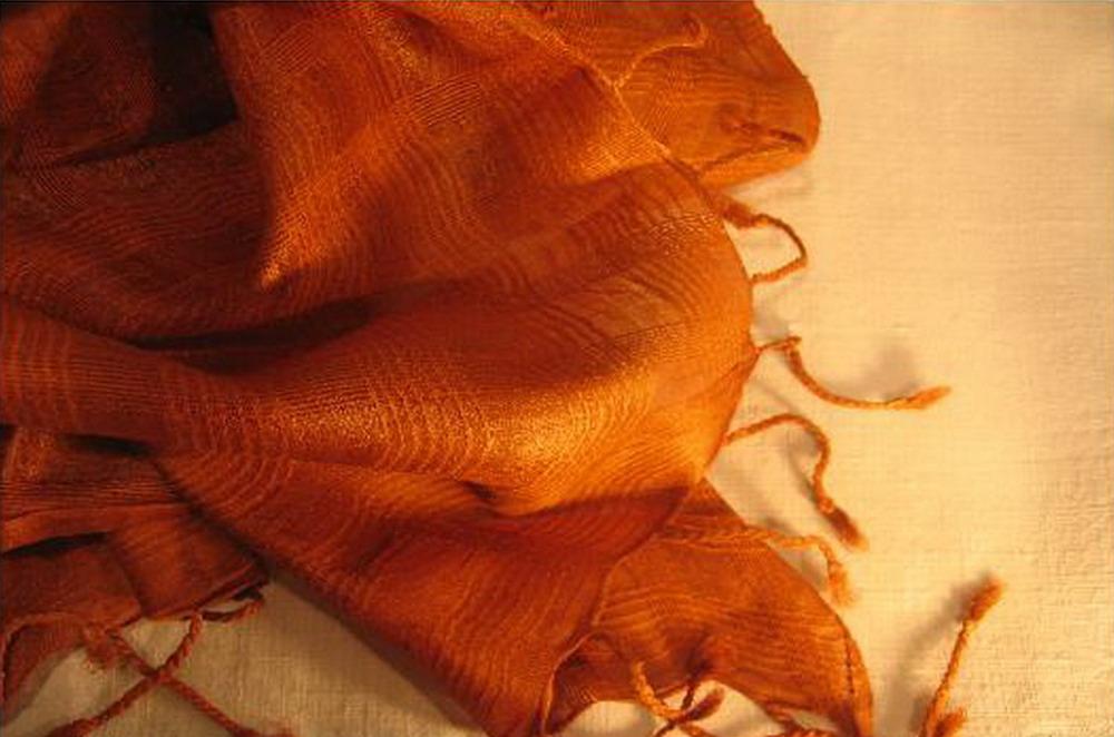 chale soie tisse main orange caramel inde